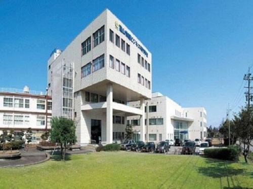 Trường Cao đẳng Thương mại và CNTT Toyama