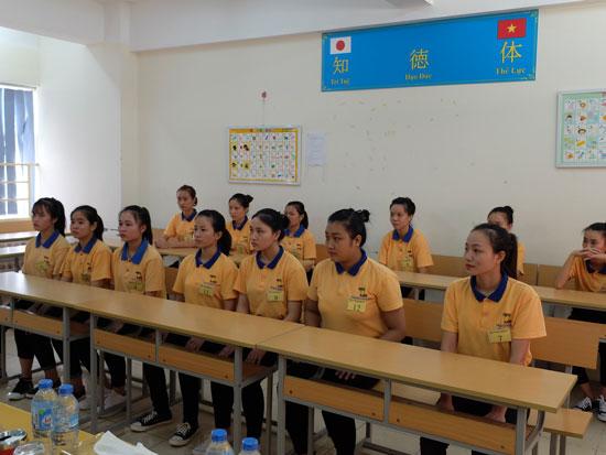 xuat-khau-lao-dong-nhat-che-bien-thuc-pham-xc-2018-luong-cao