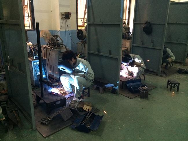 Tuyển 32 lao động phổ thông đi xkld Nhật Bản hàn xì