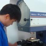 04 Nam thao tác máy hàn điện, tiện CNC đi xuất khẩu lao động